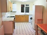SPACIOUS 4 BEDROOM HOUSE ONLY 5 MINS WALK TO MILE END STATION...!!!