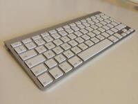 Apple Bluetooth Keyboard A1255