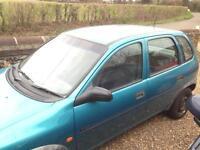 Breaking: Vauxhall corsa b gls 1995