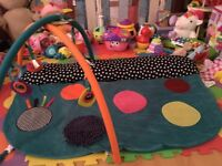 Mamas and papas babyplay - 4 in 1 Tummy Time Play & Explore