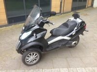Piaggio MP3 300 reg as 125