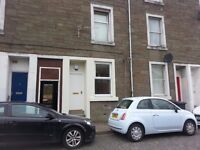 1 Bedroom Property, Central Location - North Street