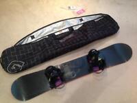 Dakine 159 Snowboard - Raider Blackhawk Bindings (L) - Burton Carry Case