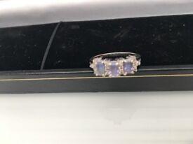 Diamond and tanzanite ladies gold ring