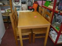 Laminate table with 4 Mexican Pine chairs