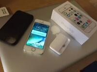 LIKE NEW IPHONE 5S 16GB UNLOCKED SILVER