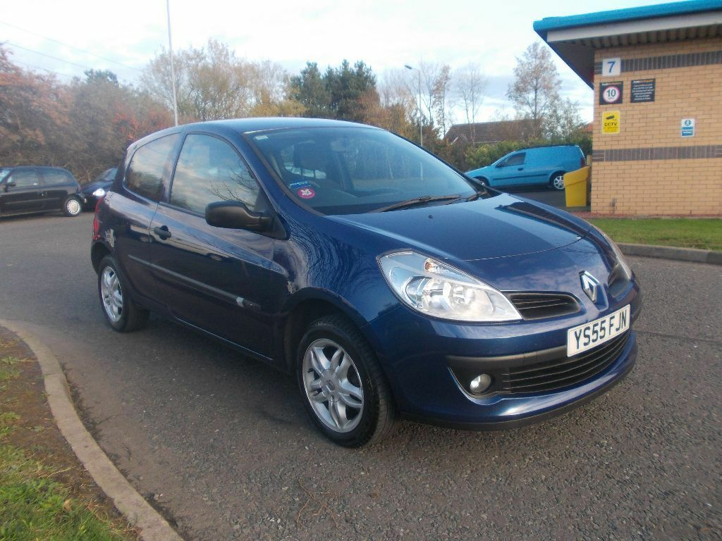 clio 3 1 5 dci view of renault clio 3 1 5 dci expression photos video renault clio 3 1 5 dci. Black Bedroom Furniture Sets. Home Design Ideas