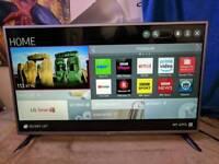 LG 42 SMART INTERNET WIFI BUILT IN FREEVIEW TV.