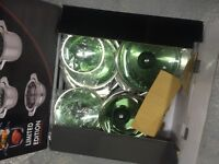 BergHoff Limited edition 12 piece set boxed