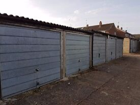 GARAGES TO RENT: Grove Road, Houghton Regis LU5 5PD - GATED SITE