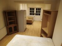 Pet Friendly Extended Double Room Size Of 2 With OWN GARDEN, All Bills Included - Zone 2