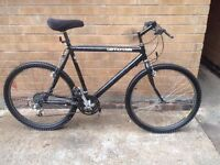 MENS CANNONDALE MOUNTAIN BIKE IN GOOD CONDITION