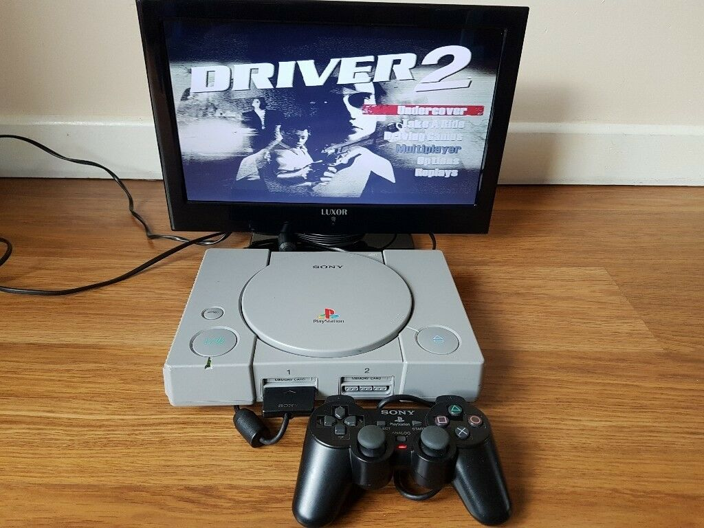 Playstation 1 (PS1), Dual Shock 2 Controller, A/V & Power leads