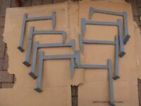 Roof Irons (x4) 1 board (x4) 2 boards (x4) 3 boards