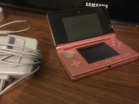 NINTENDO PINK 3DS PERFECT CONDITION (WITH CHARGER AND ANIMAL CROSSING)