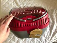 Brand new - Small animal hamster Guinea pig pet carrier / pet carry cage