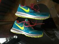 Nike SHOES FOR SALE SIZE:- 5.5