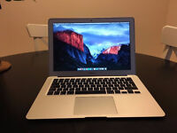 "MacBook Air 13"" (Mid-2013) - 128gb Memory - 4 gb ram - Excellent cond.- w/ HDMI to MiniDisplay plug"