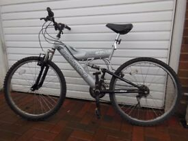 Silver Shockwave Susi550 Mens Mountain Bicycle - very good condition