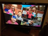 37 Inch Toshiba LCD TV (minor remote control fault)
