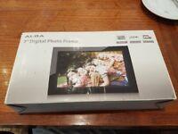 Alba 7 digital photo frame