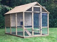 Deluxe Buckingham Poultry House and Run - suitable for up to 15 to 20 hens