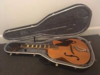 Gretsch Synchromatic with hard case