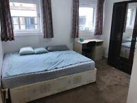 Beautiful Double Room in Aldgate area