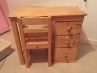 Solid wood children's desk and chair