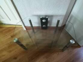"32"" Glass TV stand"