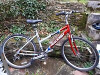 Raleigh 7000 aluminium frame. 18 gears. Suspension seat. Quick detach front wheel. Need tlc see pics