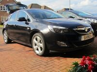 Vauxhall Astra SRI 2011 1.6 Black low milage Excellent Condition inside and out FSH long MOT