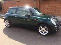 AUTOMATIC MINI COOPER PANORAMIC SUNROOF LEATHER TRIM AIR CONDITIONING ONE YEARS MOT AUTO MINI COOPER