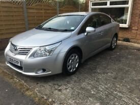 Silver Toyota Avensis 2.0 D-4D T2 4dr - reliable family car - high MPG