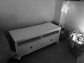 White wood Ikea Hemnes tv unit