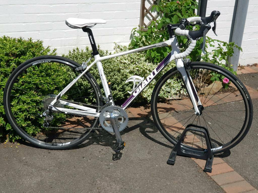 51f5890b3df Giant Liv Avail 2 ladies Road bike, as new, size small   in Reigate ...