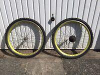 Vuelta Airline Retro Mountain Bike Wheels