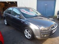 Ford FOCUS Titanium 116,5 door hatchback,FSH,very clean tidy car,runs and drives very well,great mpg