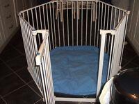 Lindam Playpen/Room divider
