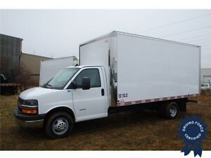2016 Chevrolet Express 4500 16 ft Cube Van, 6.0L V8, 14,891 KMs