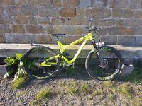 Commencal meta V3 mountain/downhill enduro bike