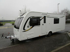 Lunar Solaris Caravan **Fixed French Bed - microwave**