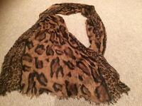 Ladies large scarf / wrap