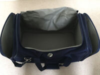 American Tourister large sports holdall
