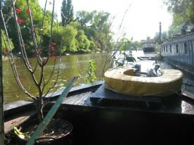 Lovely 1 bed narrowboat for rent in Kew Bridge -stunning views