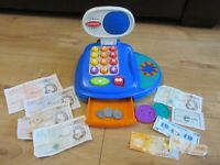 LOVELY PRETEND CASH REGISTER FROM PLAYSKOOL - including pretend money and baskets!!