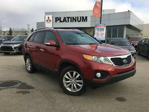 2011 Kia Sorento LX AWD | Leather, Panoramic Sunroof