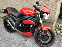 Triumph Speed Triple 1050 ABS (New MOT and in very good condition)
