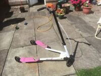 Kids flicker scooter - pink. Suitable for approx age 6+