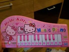 Helli kitty kids piano